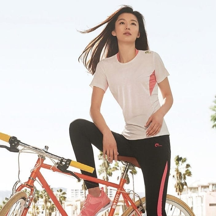 """7 nguyên tắc làm đẹp của Jeon Ji Hyun: U40 mà trẻ như 20, vóc dáng thon gọn chuẩn """"mợ Chảnh"""" - Ảnh 4."""