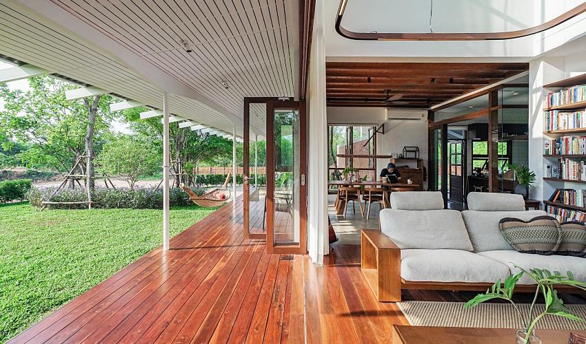 Căn nhà hai tầng đón nắng gió và cây xanh đẹp bình yên giữa chốn thôn quê ai ngắm cũng nao lòng - Ảnh 2.