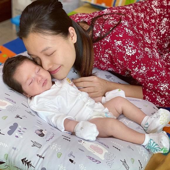Dàn nhóc tỳ Vbiz chào đời năm 2020: Con Đông Nhi, Hồ Ngọc Hà sinh ra được chăm sóc như công chúa - hoàng tử, ái nữ nhà Cường Đô La sở hữu đồ hiệu hơn nửa tỷ - Ảnh 10.