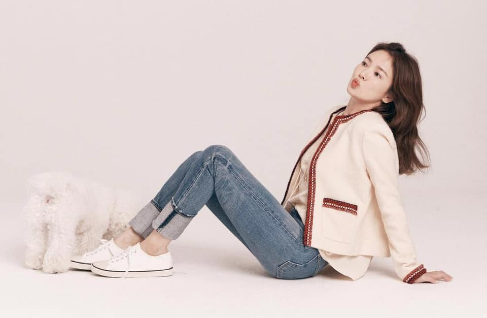 """Song Hye Kyo, Lan Khuê, Thanh Hằng """"đại chiến"""" với áo khoác vải tweed: Hot item đáng sắm nhất lúc này đây rồi - Ảnh 2."""
