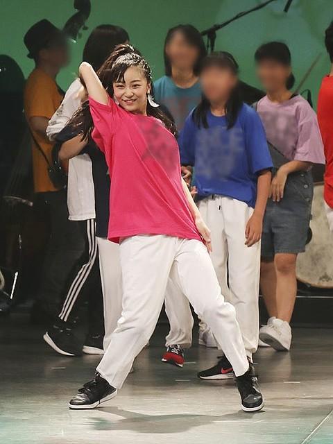 Công chúa xinh đẹp nhất Nhật Bản gây sốt cộng động mạng với ảnh quá khứ nhảy múa như nữ idol thực thụ - Ảnh 3.