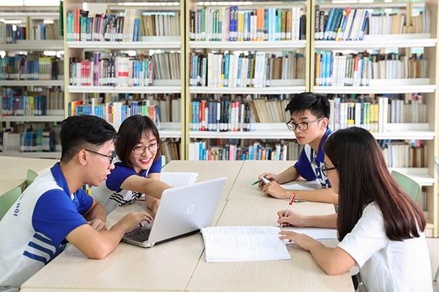 Top 7 trường Đại học ở TP. HCM không thể bỏ qua khi muốn học Ngôn ngữ Anh - Ảnh 1.