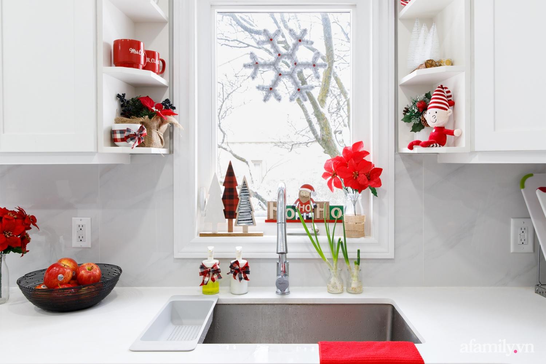 Căn bếp trắng – đỏ đẹp bình an đón Giáng sinh về của mẹ Việt ở Canada - Ảnh 6.
