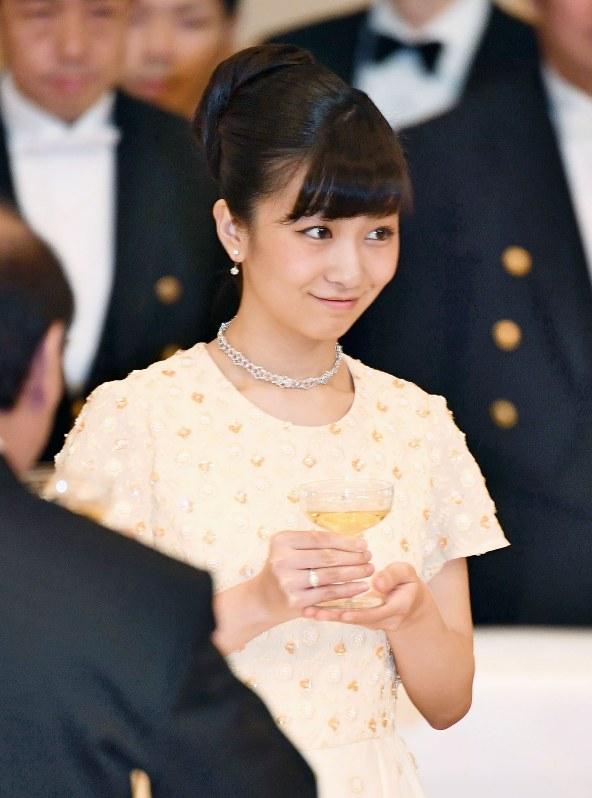 Công chúa xinh đẹp nhất Nhật Bản gây sốt cộng động mạng với ảnh quá khứ nhảy múa như nữ idol thực thụ - Ảnh 1.