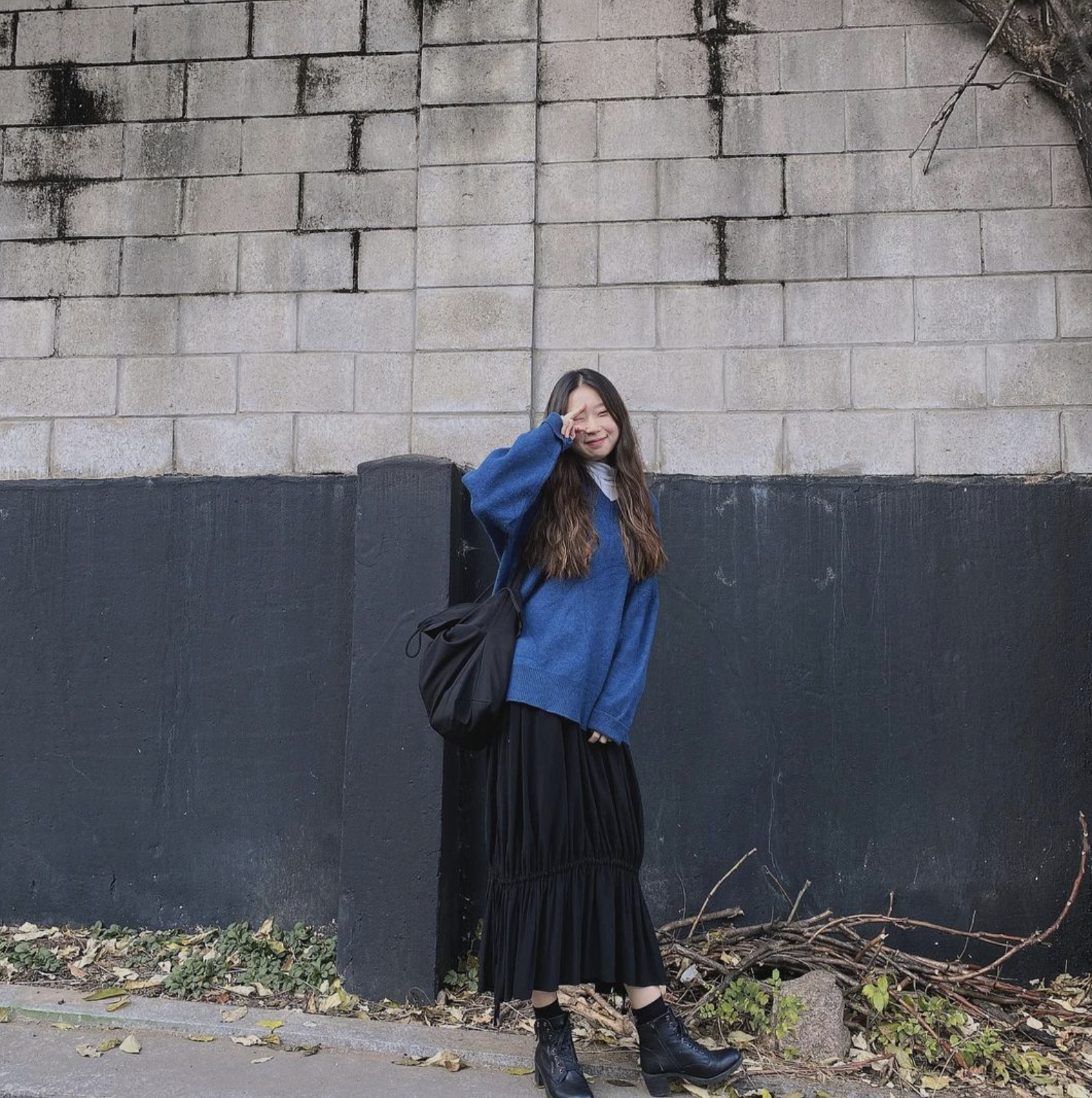 Mix & Phối - 6 cách phối áo len cho mùa Đông không lạnh, có những món đồ còn được tận dụng từ mùa Hè nữa đấy! - chanvaydep.net 9