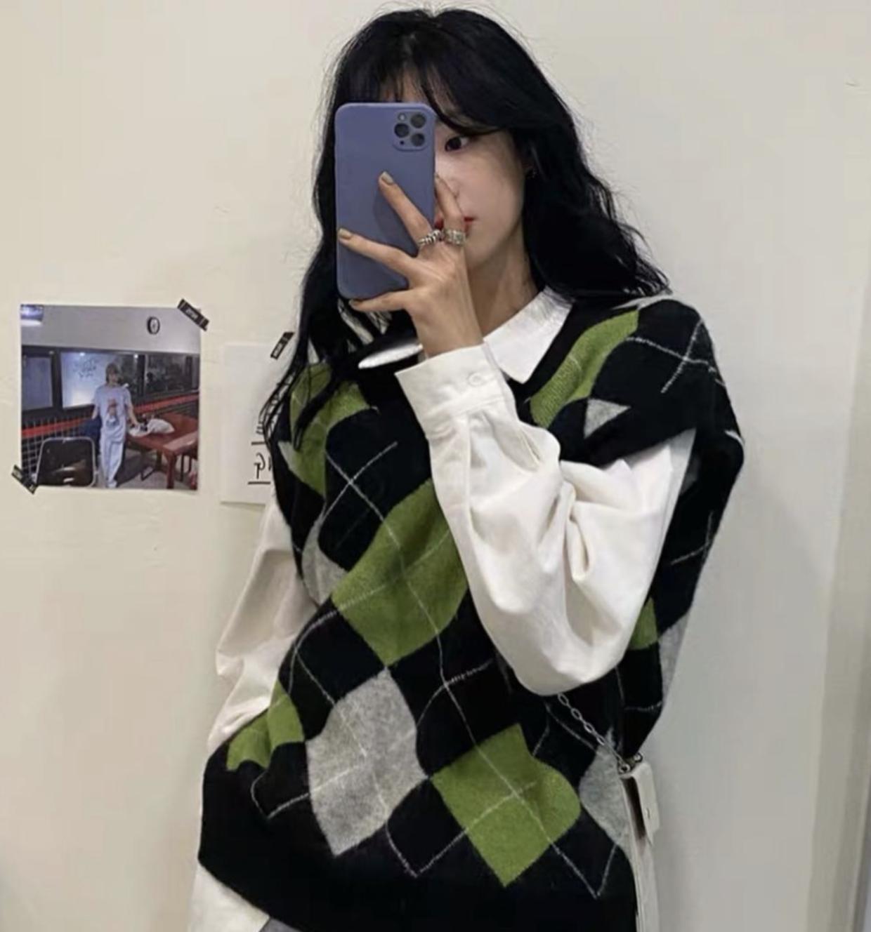 Mix & Phối - 6 cách phối áo len cho mùa Đông không lạnh, có những món đồ còn được tận dụng từ mùa Hè nữa đấy! - chanvaydep.net 11
