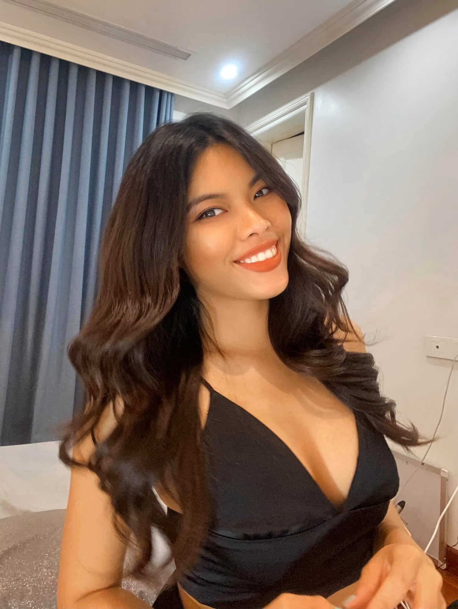 Nhân vật đầm đỏ sexy tại show Đỗ Long: Từng thi HHHV 2019, đúng chuẩn da nâu - môi dày, gu thời trang cũng táo bạo chẳng thua ai - Ảnh 4.