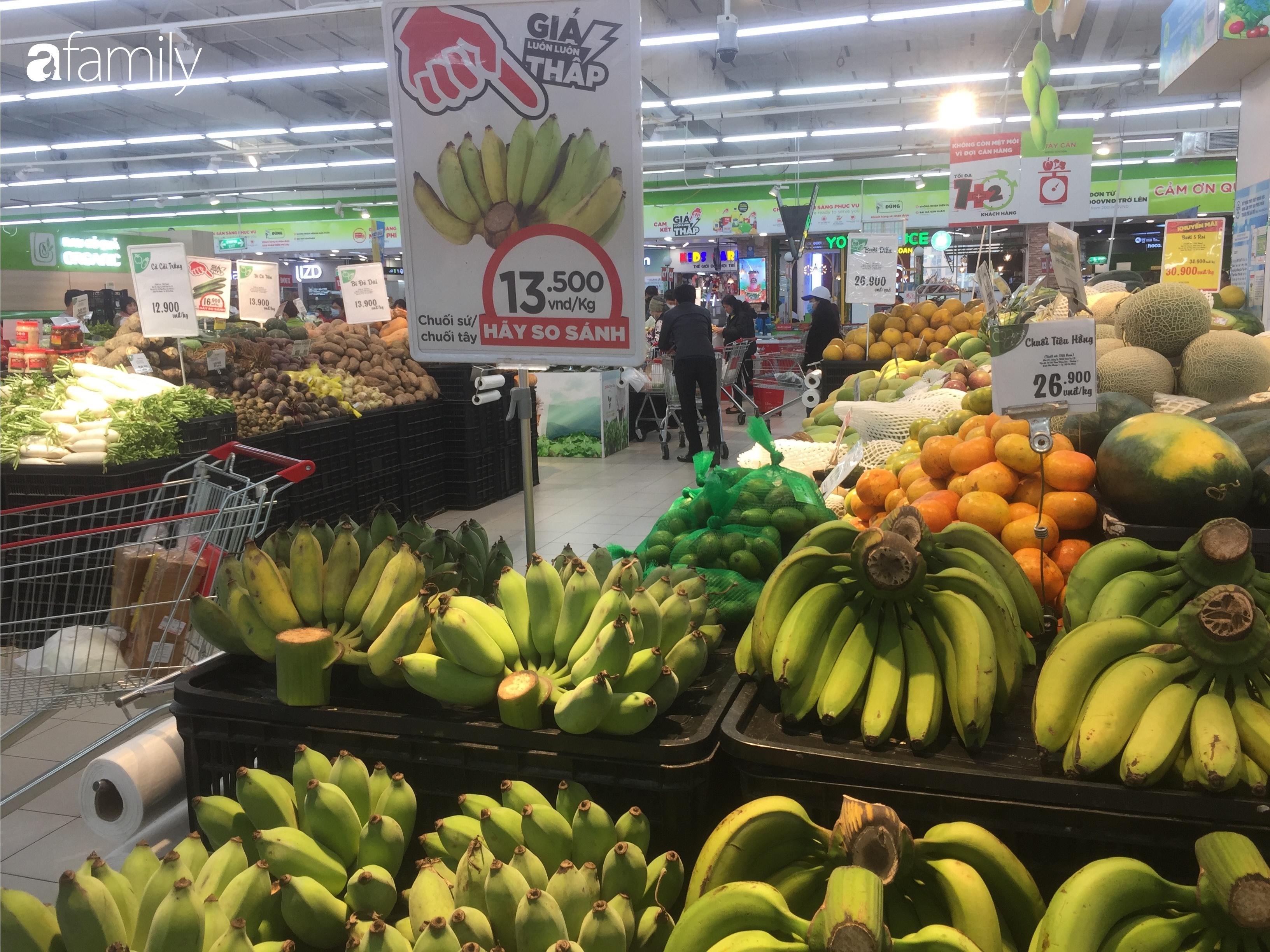 Giá ho quả trong siêu thị rẻ gấp 3 lần so với thời điểm trước Tết, dư hấu còn 6.700 đồng/kg - Ảnh 8.