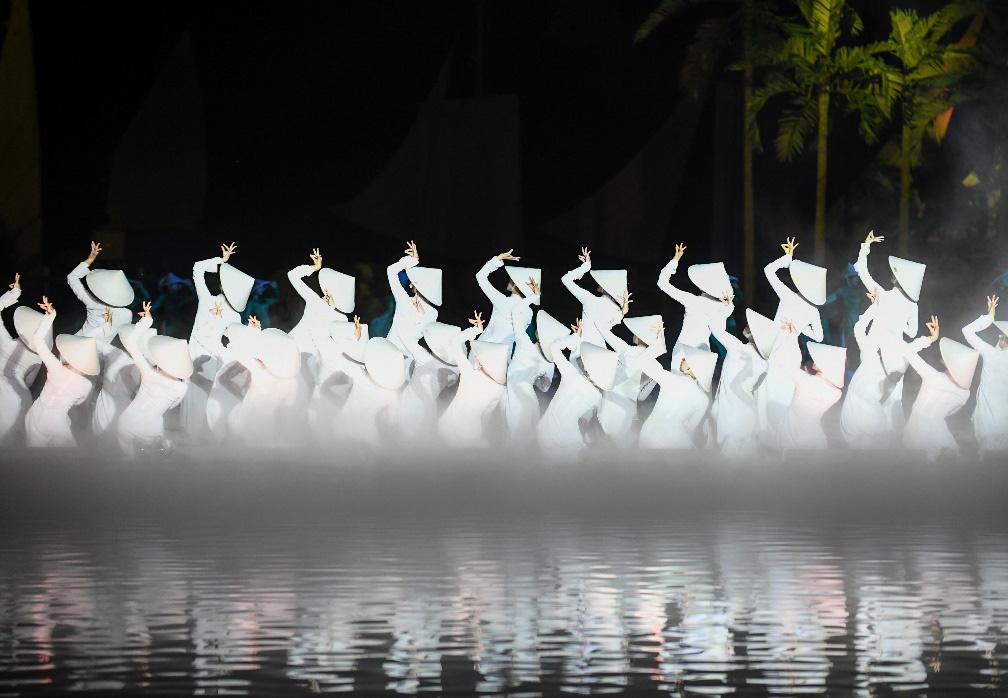"""Show thực cảnh """"có giá trị văn hóa, lịch sử hay tại Việt Nam"""" với hơn 500 diễn viên thu hút gần 2 triệu lượt khách sau 2 năm công chiếu - Ảnh 2."""
