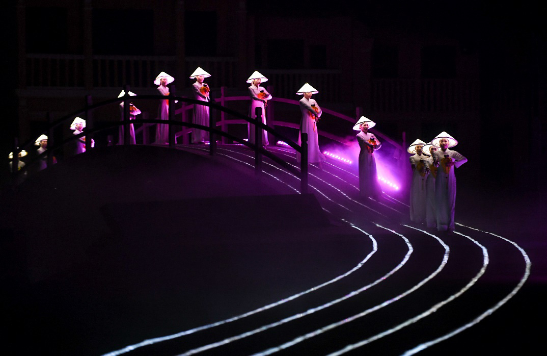 """Show thực cảnh """"có giá trị văn hóa, lịch sử hay tại Việt Nam"""" với hơn 500 diễn viên thu hút gần 2 triệu lượt khách sau 2 năm công chiếu - Ảnh 3."""