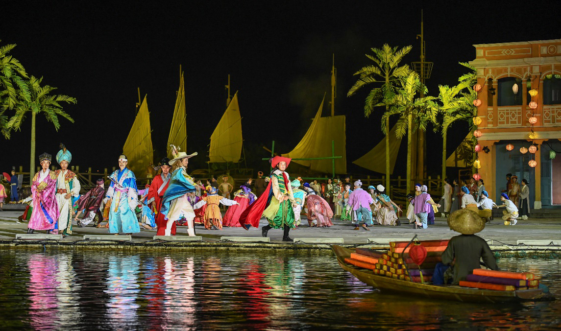 """Show thực cảnh """"có giá trị văn hóa, lịch sử hay tại Việt Nam"""" với hơn 500 diễn viên thu hút gần 2 triệu lượt khách sau 2 năm công chiếu - Ảnh 4."""