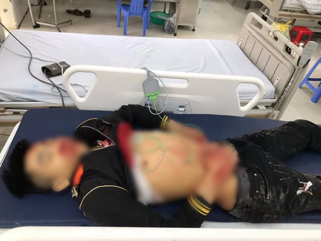 Nóng: Diễn biến vụ nam thanh niên bất ngờ bị nhóm đối tượng lạ mặt dùng hung khí đâm tử vong - Ảnh 2.
