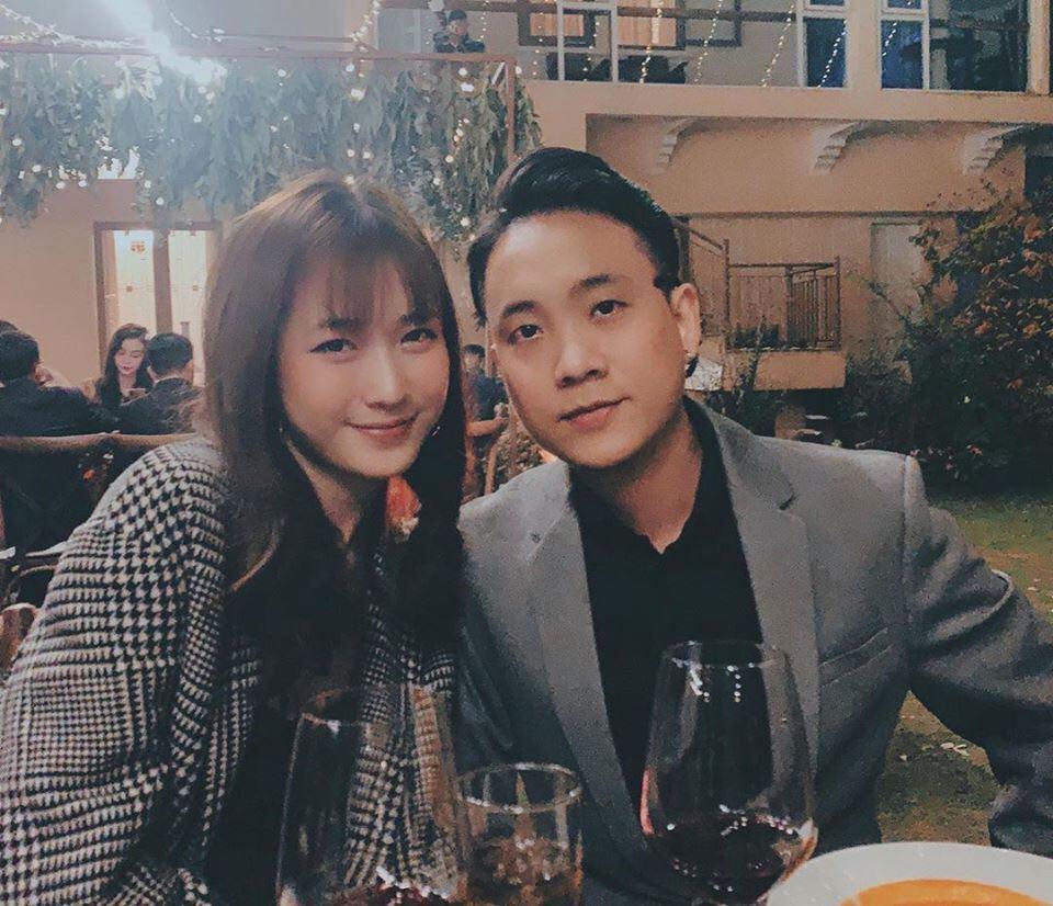 Tiệc cưới chính thức của Tóc Tiên và Hoàng Touliver: Cô dâu chú rể cùng dàn khách mời quẩy tưng bừng theo nhạc - Ảnh 26.