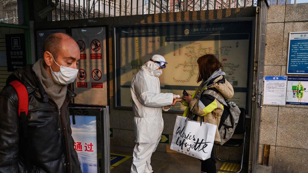 Nhà khoa học hàng đầu Trung Quốc dự báo virus corona có thể không biến mất mà sẽ trở thành căn bệnh quen thuộc này - Ảnh 4.