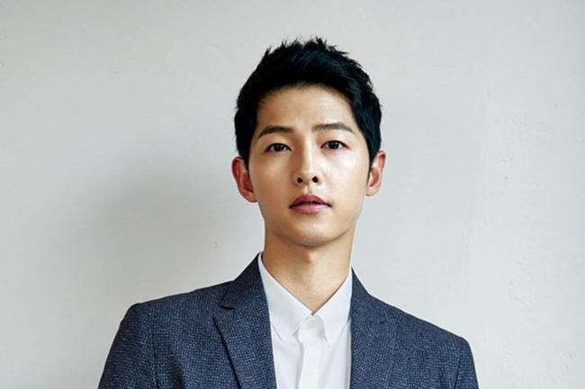 """Hai chàng """"Đại úy"""" đi qua cuộc đời Song Hye Kyo: Đều giàu có và điển trai nhất nhì showbiz nhưng Hyun Bin lại """"hơn đứt"""" Song Joong Ki ở điểm này? - Ảnh 4."""