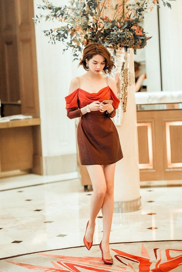 """Nhìn sự cách biệt """"váy hiệu – váy chợ"""" của Ngọc Trinh mới thấy photoshop có tác dụng thần kỳ thế nào - Ảnh 4."""