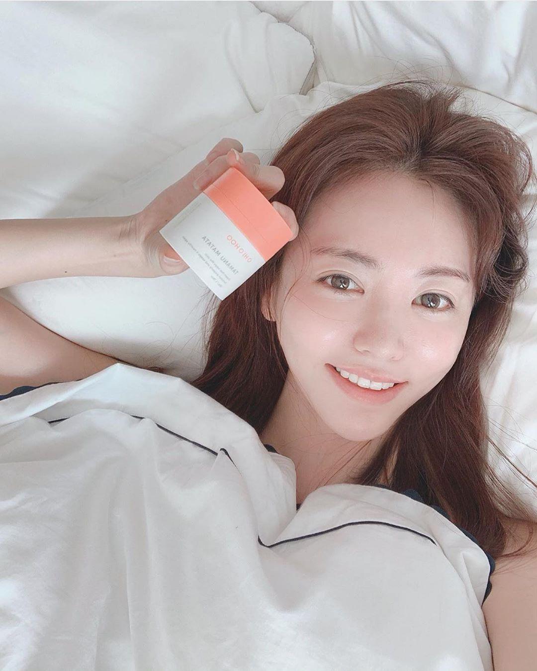 Chuyên gia lên lịch chăm sóc da cho cô dâu, quan trọng nhất là tips đắp mặt nạ và uống nước vào ngày cưới  - Ảnh 6.