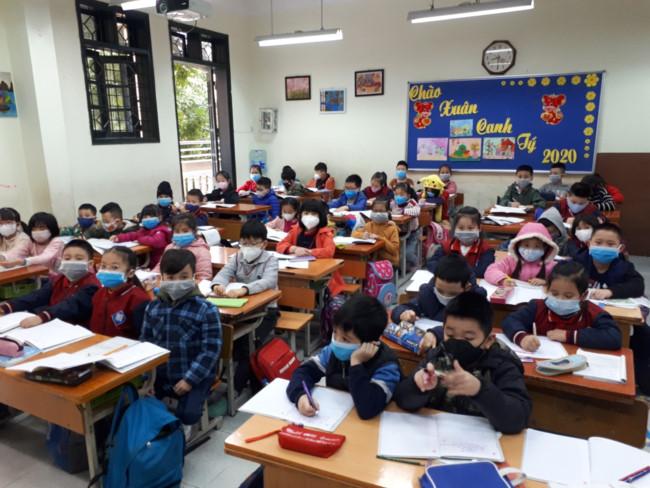 MỚI: Bộ Giáo dục và Đào tạo đề nghị cho học sinh đi học trở lại từ ngày 2/3 - Ảnh 1.