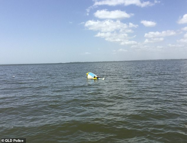 Chủ nhân bị lật thuyền, chó cưng bơi ròng rã 11 tiếng đồng hồ tìm kiếm sự trợ giúp - Ảnh 3.