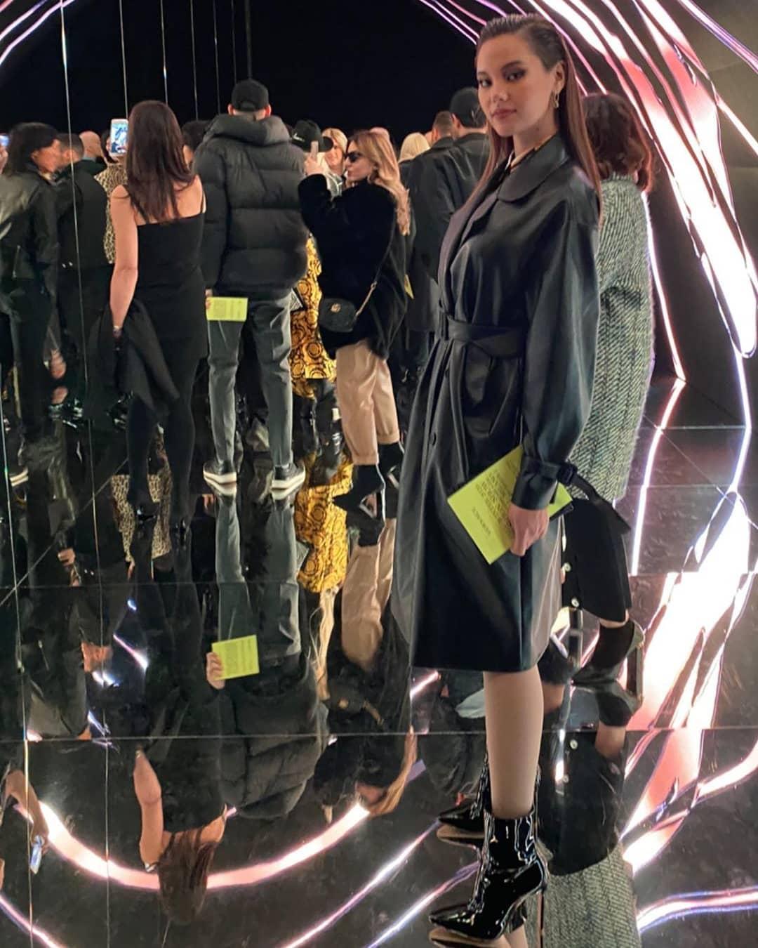 """Bất ngờ với người đi cùng """"Rich Kid"""" Thảo Tiên tại Tuần lễ thời trang Milan - Ảnh 3."""
