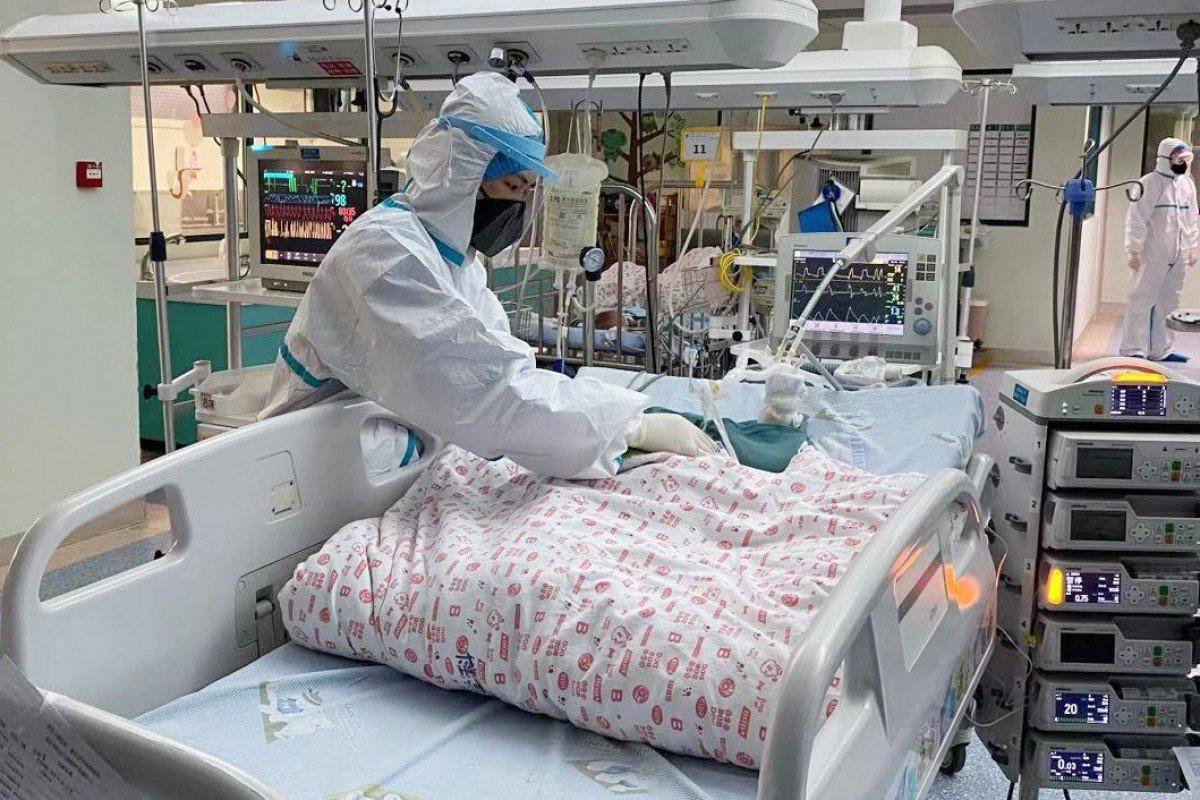 Nhiễm Covid-19 hơn 1 tháng nhưng không hề có triệu chứng, 1 bệnh nhân Vũ Hán đã lây bệnh cho 5 người khác - Ảnh 1.