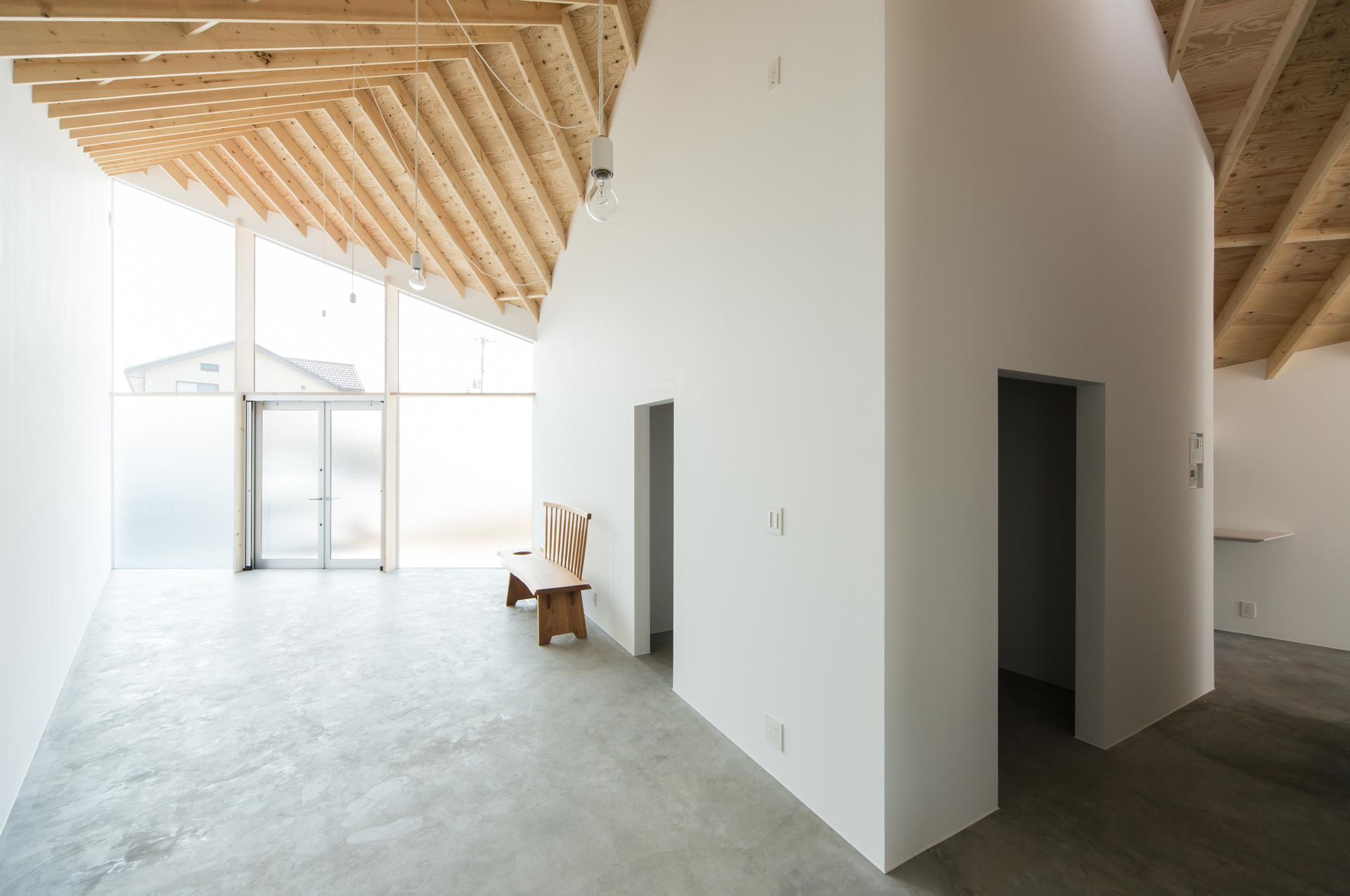 Nhà ở gây thương nhớ với thiết kế lấy cảm hứng từ hình dạng của viên kim cương - Ảnh 5.