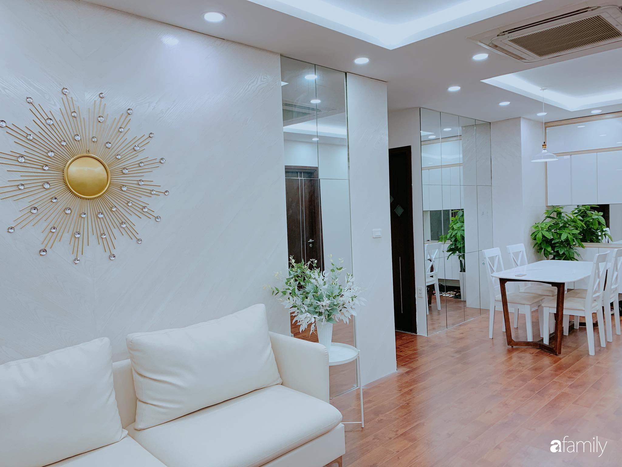 Căn hộ 90m² như được nhân đôi không gian nhờ cách decor khéo léo với màu trắng - ghi ở Hà Nội - Ảnh 8.
