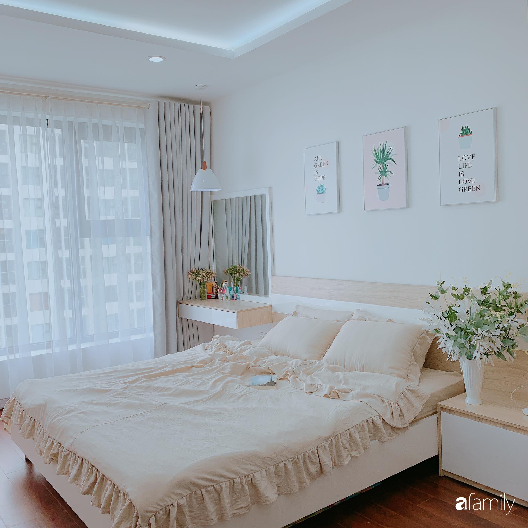Căn hộ 90m² như được nhân đôi không gian nhờ cách decor khéo léo với màu trắng - ghi ở Hà Nội - Ảnh 12.