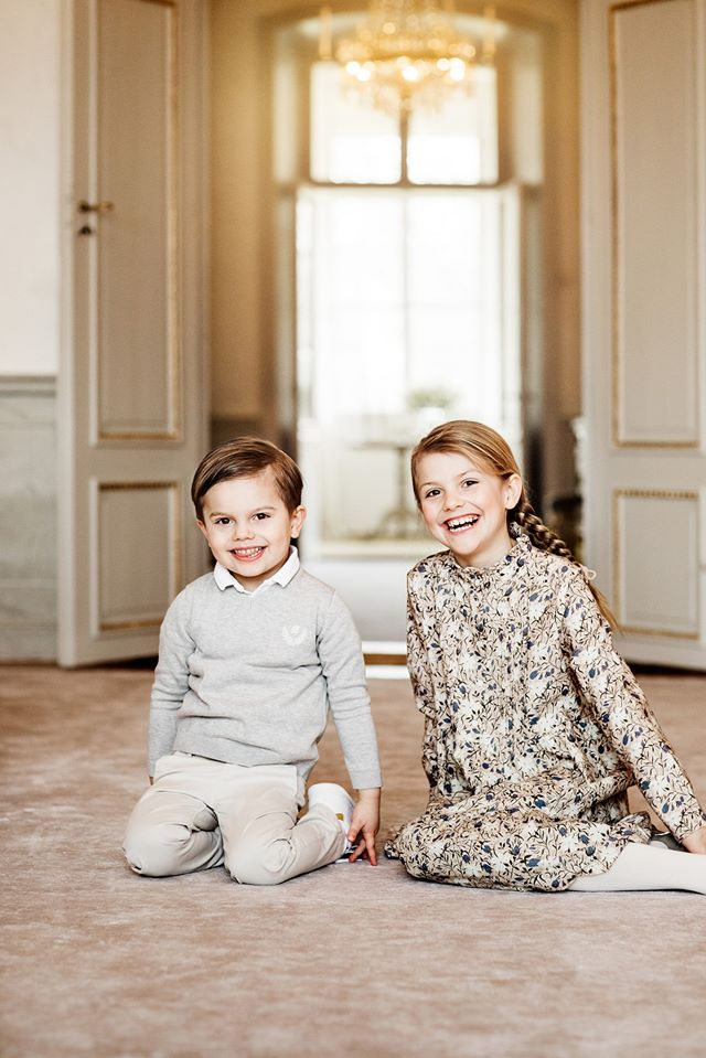 Tiểu công chúa tinh nghịch nổi tiếng của Hoàng gia Thụy Điển gây bất ngờ với vẻ ngoài xinh đẹp trong hình ảnh mới nhất - Ảnh 4.