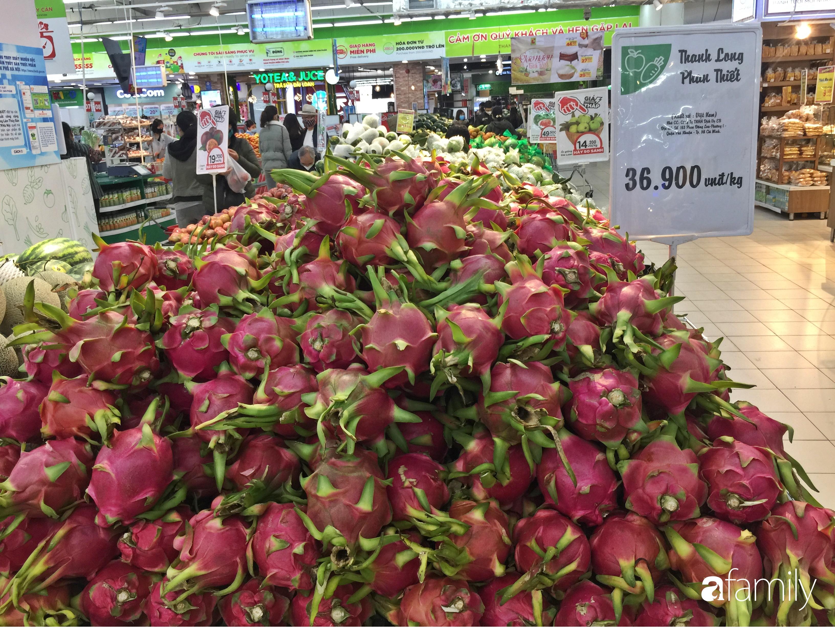 Hà Nội: Người tiêu dùng đổ xô đi mua bánh mì thanh long do hương vị giòn xốp ngậy mà giá rẻ chỉ bằng 1/3 bánh mì truyền thống - Ảnh 8.