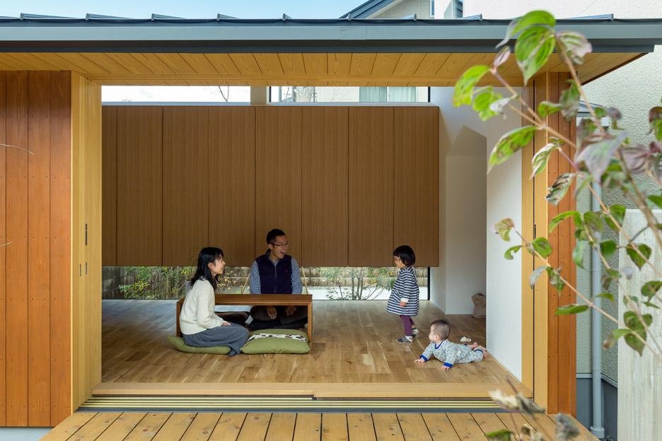 Ngôi nhà bình dị kết hợp góc làm việc hướng ra vườn đẹp lý tưởng dành cho gia đình trẻ - Ảnh 3.