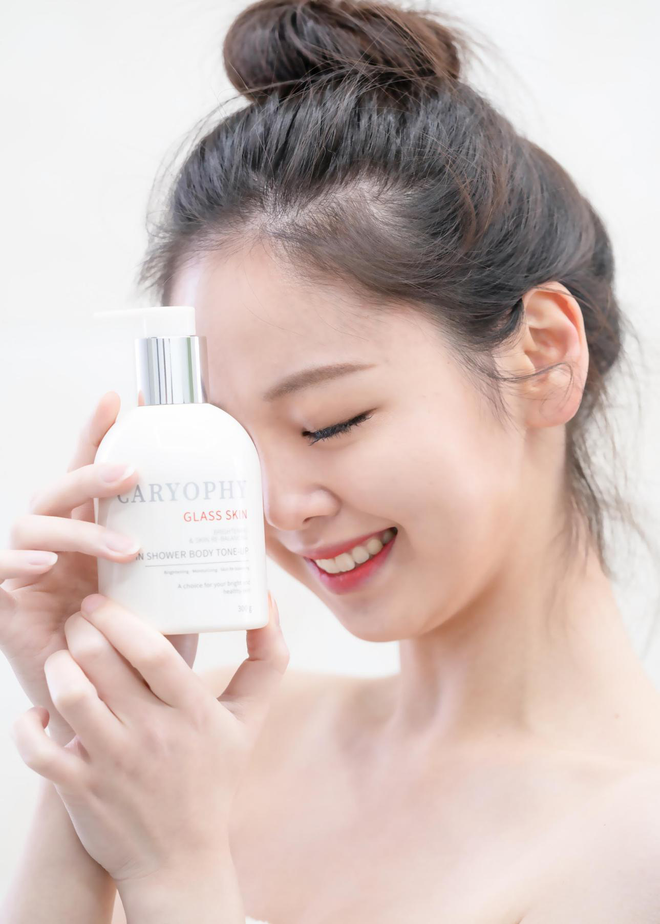 """""""Sốt xình xịch"""" xu hướng làm đẹp glass skin và bí quyết dưỡng da căng bóng sáng mịn như con gái Hàn Quốc - Ảnh 3."""