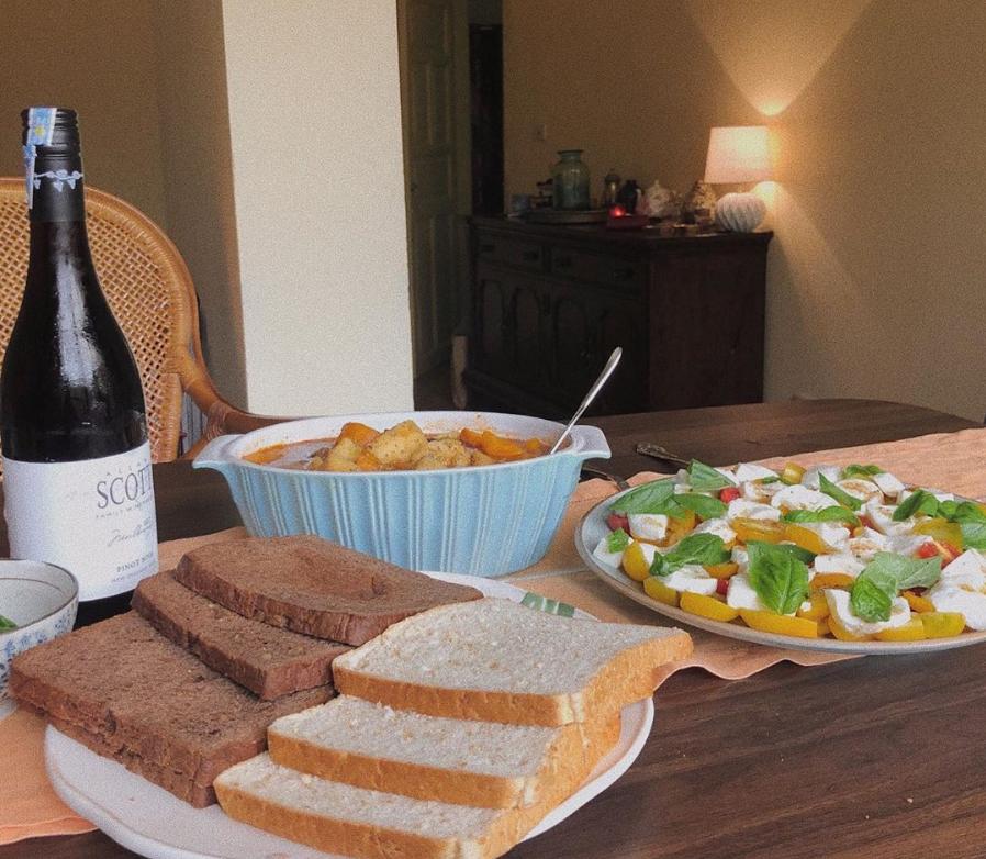 """5 bí kíp chụp ảnh đồ ăn đẹp, ngon, sang chảnh để không bị chê là """"nhớp nhúa"""" như ảnh của vị đầu bếp đang gây drama sóng gió - Ảnh 19."""