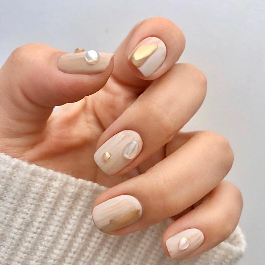 Gợi ý loạt mẫu nails vùa xinh lại đơn giản dành cho các cô dâu  - Ảnh 11.