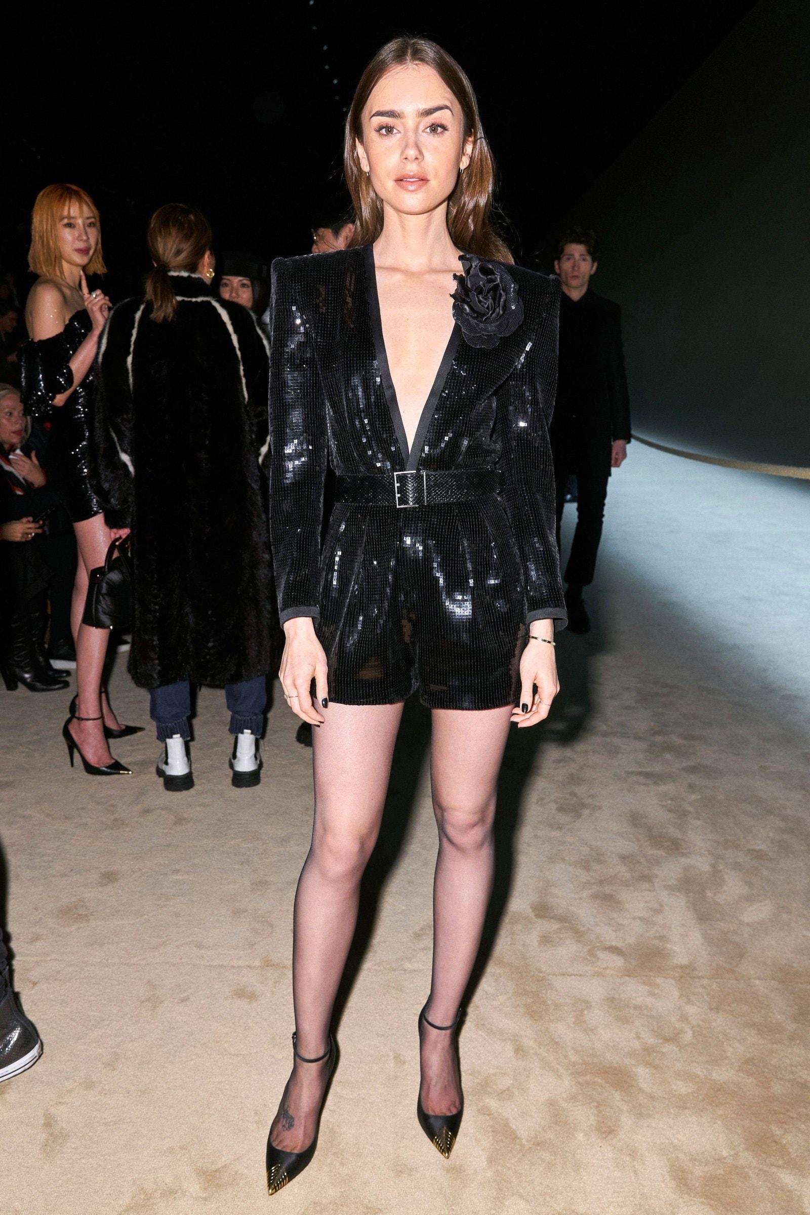 Rosé ngồi hàng ghế đầu tại show Saint Laurent: Diện quần ngắn khoe chân trắng nõn khiến ai cũng ghen tị  - Ảnh 10.