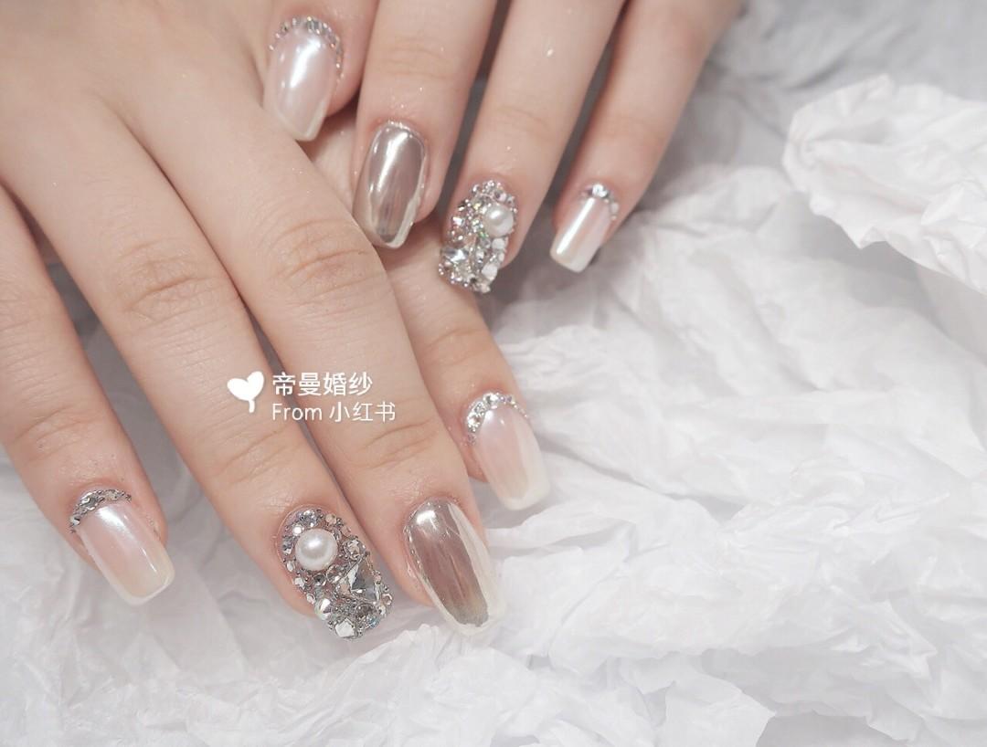 Gợi ý loạt mẫu nails vùa xinh lại đơn giản dành cho các cô dâu  - Ảnh 8.