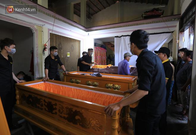 Ngày đại tang bên dòng Vu Gia-3