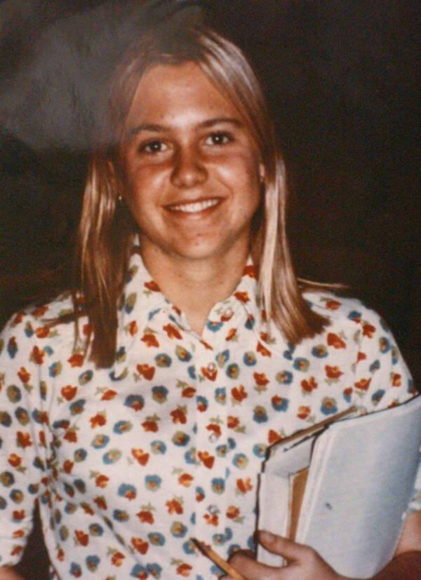 Vụ án giết chết thiếu nữ 14 tuổi xinh đẹp, giỏi giang khiến cảnh sát mất hơn 2 thập kỷ mới phá giải dù hung thủ ở ngay trước mắt - Ảnh 2.