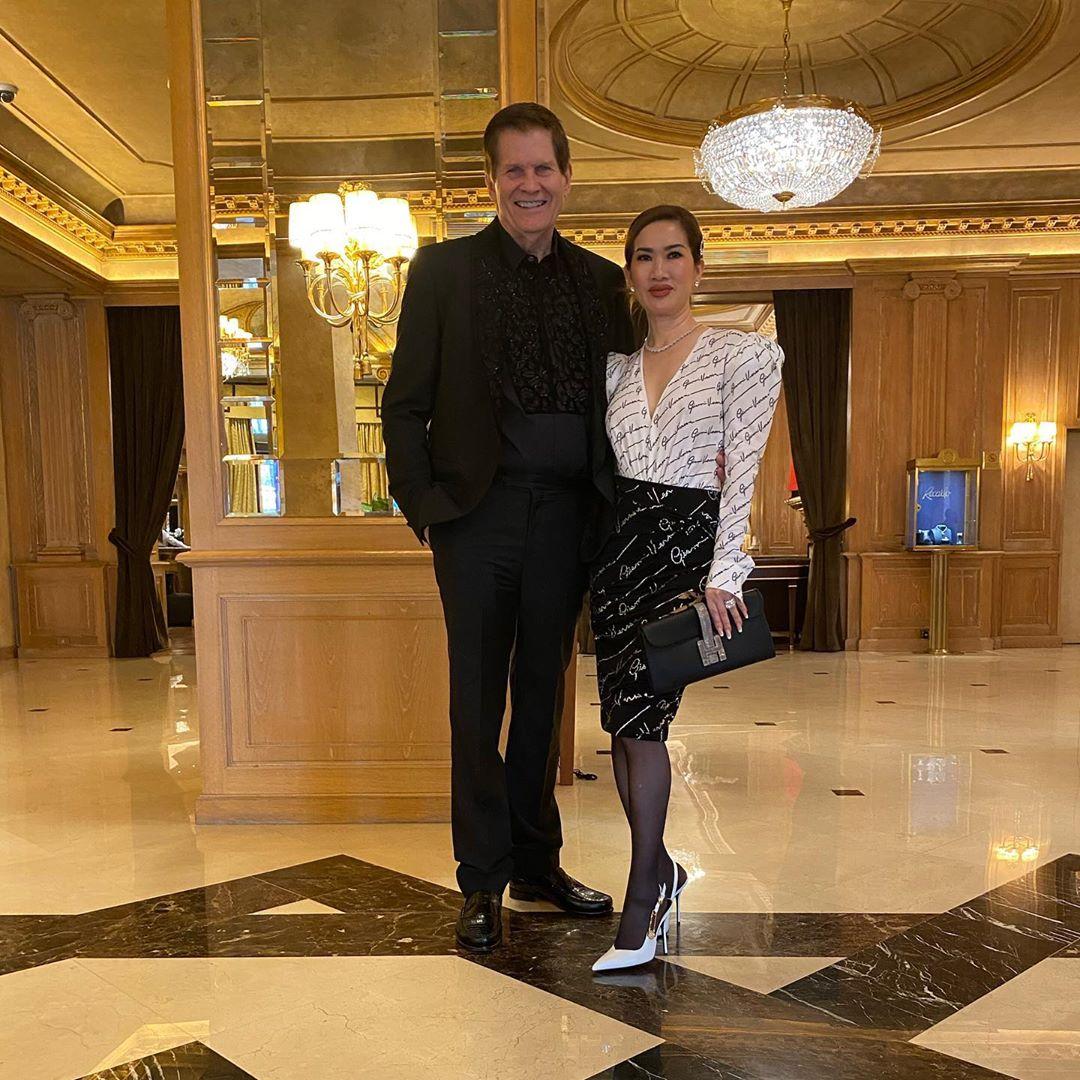 Sau doanh nhân Thủy Tiên lại đến nữ tỷ phú người Việt khiến dân tình bấn loạn khi lên đồ sang chảnh dự Fashion week - Ảnh 4.