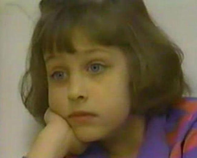 Từng là đứa trẻ có tâm lý muốn giết bố mẹ và em trai bởi quá khứ bị xâm hại, bé gái 6 tuổi lớn lên trở thành một người không ai ngờ - Ảnh 1.