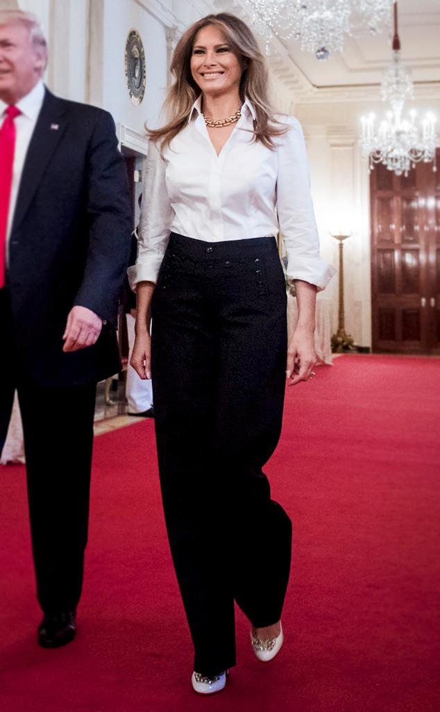 Lên đồ với sơ mi trắng như bà Melania Trump: Vừa đẹp vừa sang còn tôn dáng quá trời - Ảnh 5.