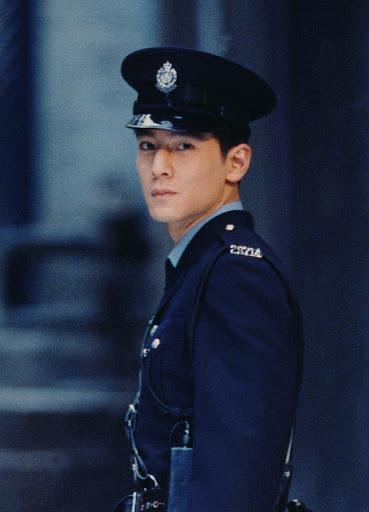 Fan thất vọng với ngoại hình xuống sắc của Ngô Ngạn Tổ ở tuổi 46, còn đâu nam thần Hong Kong ngày nào - Ảnh 2.