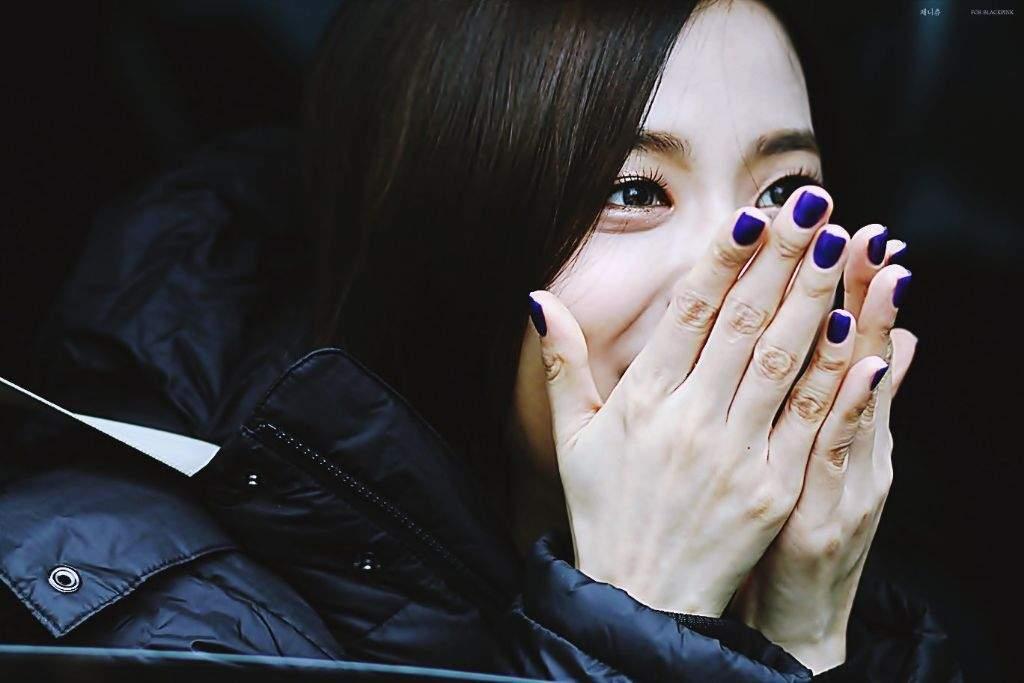 """Jisoo chăm làm nail kiểu """"đễ thương vô đối"""", càng nhìn càng thấy cưng xỉu luôn ý! - Ảnh 10."""
