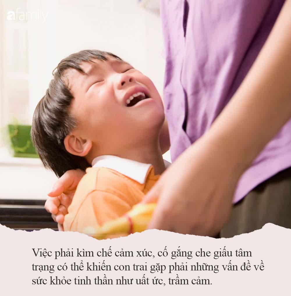 Nếu thấy con trai khóc, bố mẹ đừng vội mắng yếu đuối, hãy để con mạnh dạn thể hiện cảm xúc bởi những nguyên nhân quan trọng sau - Ảnh 3.