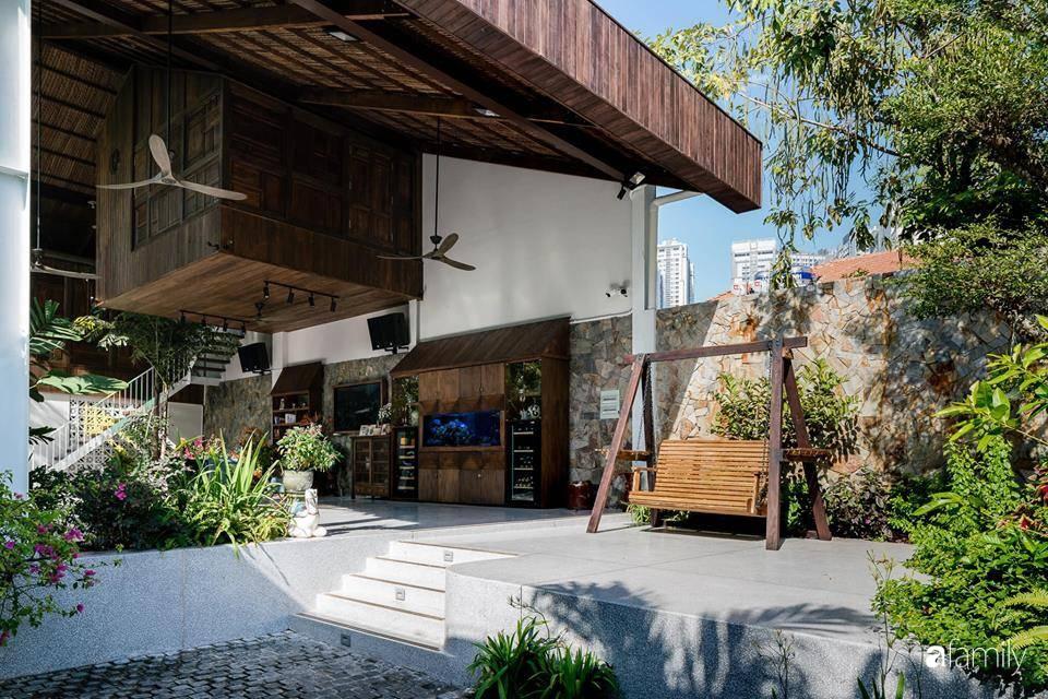 Ngôi nhà gỗ với thiết kế giống tổ chim đẹp như resort nghỉ dưỡng đậm chất thơ trong lòng Sài Gòn - Ảnh 6.