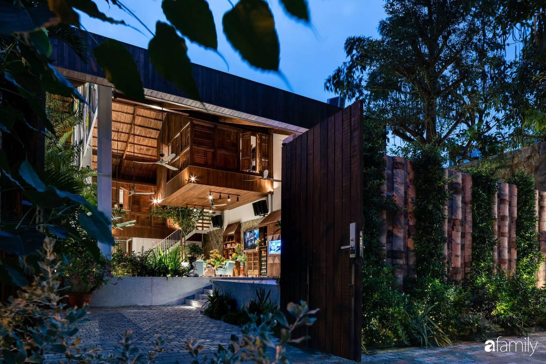 Ngôi nhà gỗ với thiết kế giống tổ chim đẹp như resort nghỉ dưỡng đậm chất thơ trong lòng Sài Gòn - Ảnh 4.