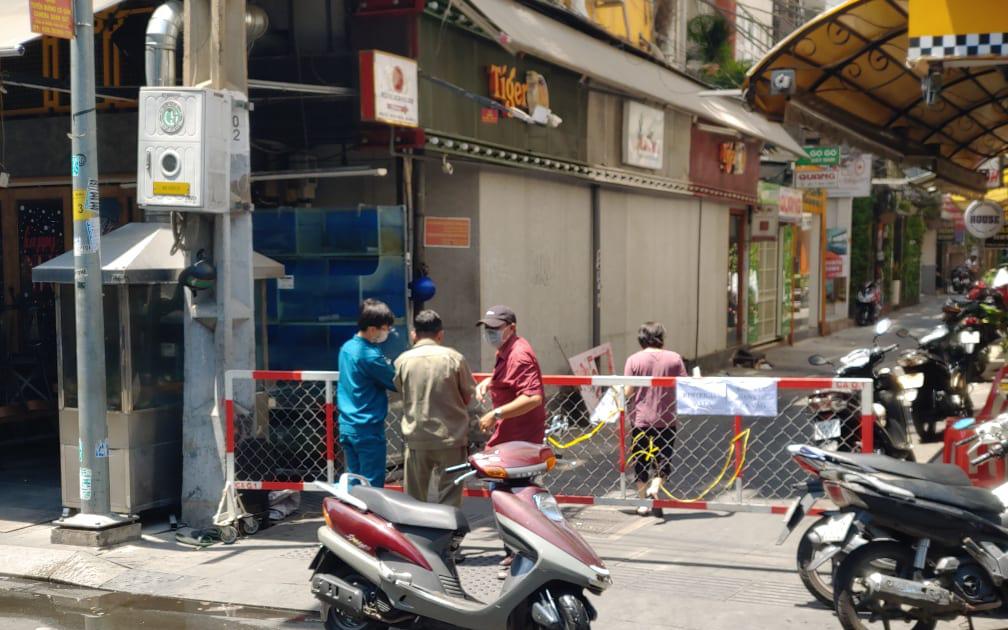 Khách nước ngoài 33 tuổi nghi ngờ nhiễm Covid-19 mới nhất tại TP.HCM từng đến Phú Quốc cùng vợ