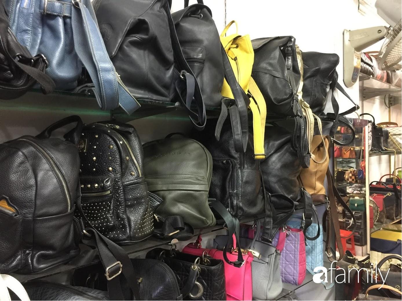 Đi chợ hàng thùng Đông Tác mua quần áo cũ chưa đủ, chị em phải biết săn thêm cả giày, túi và trang sức chất lượng - Ảnh 9.