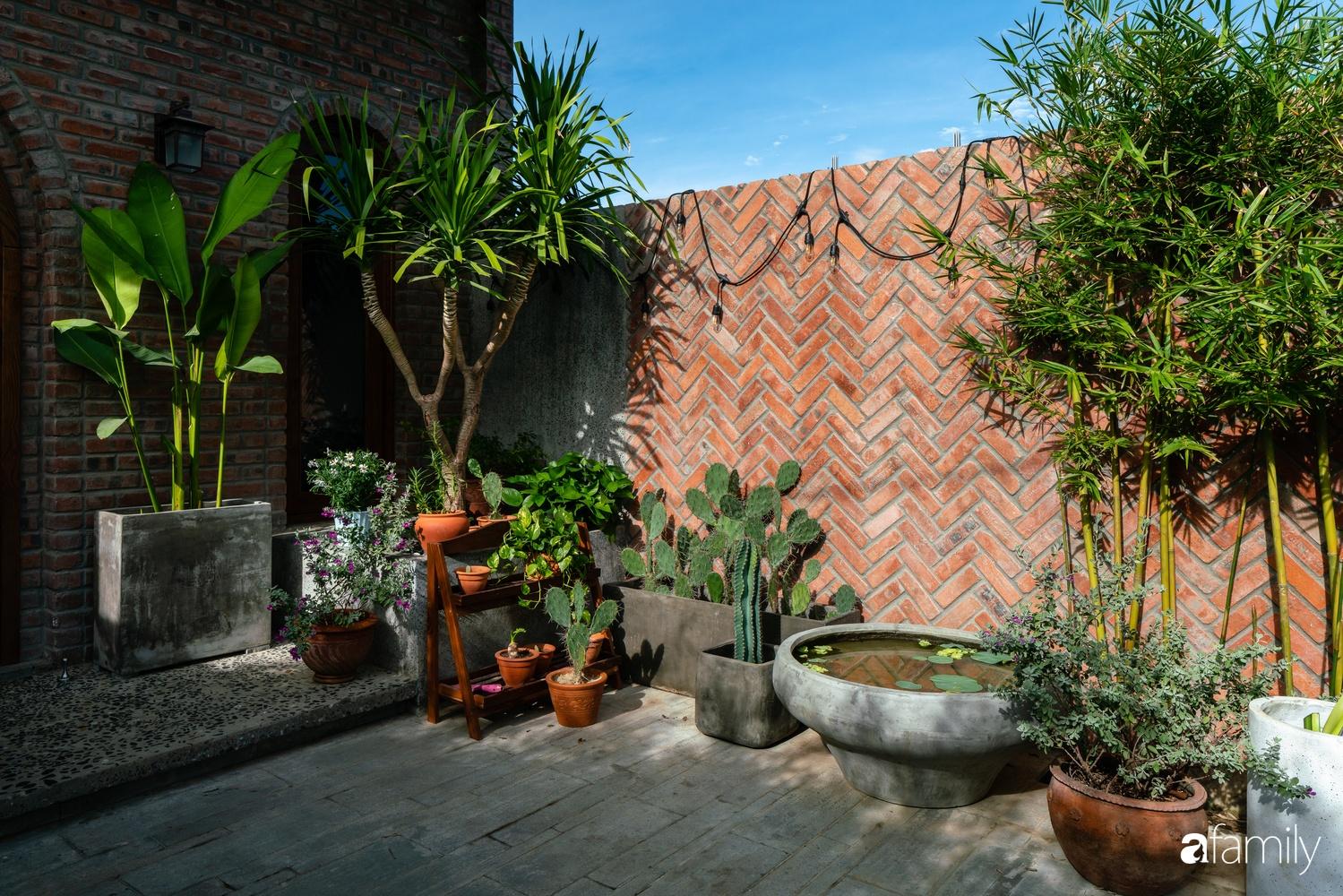 Ngôi nhà có kiến trúc độc đáo giàu tính nghệ thuật đẹp yên bình, mộc mạc giữa trung tâm thành phố Đà Nẵng - Ảnh 5.