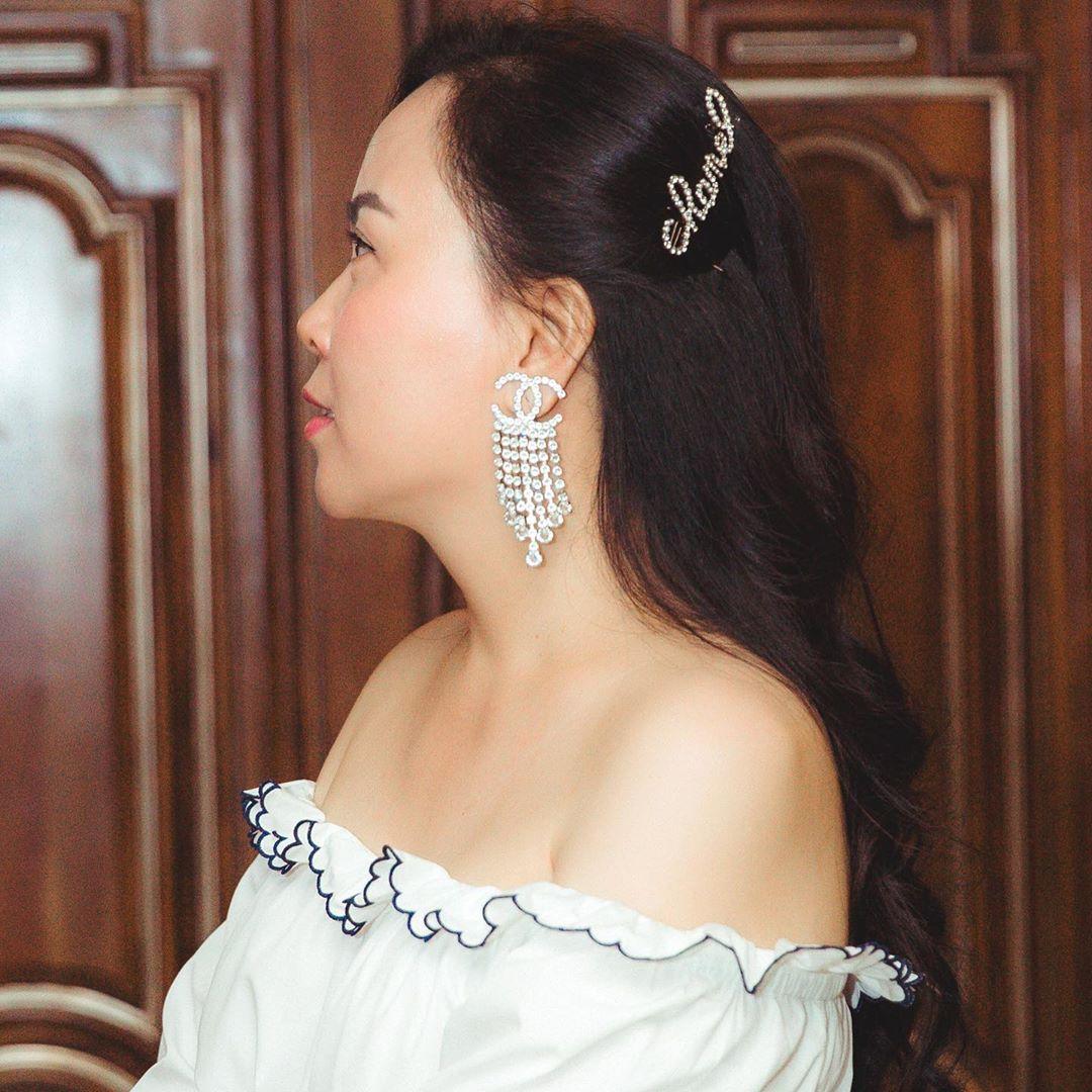 Style của Phượng Chane hay bị chê nhưng ít ai nhận ra cô sở hữu một điểm tuyệt phẩm khiến khối người phải trầm trồ - Ảnh 2.